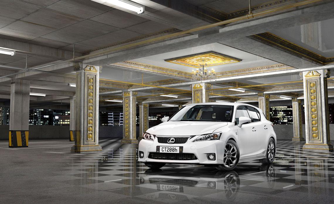 Lexus_carpark